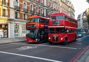 Септемврийски празници в Лондон - гордостта на короната!